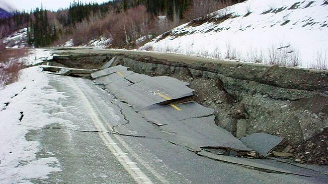 Động đất mạnh 8.2 độ, cảnh báo sóng thần ở Alaska